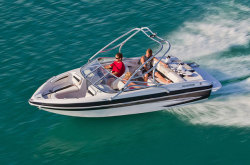 2011 - Glastron Boats - GT 205
