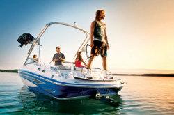 2011 - Glastron Boats - GLS 215
