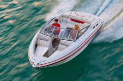 2011 - Glastron Boats - GLS 235