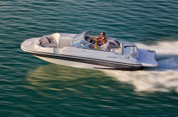 2011 - Glastron Boats - DX 215 DB