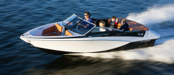 2013 - Glastron Boats - GT 185