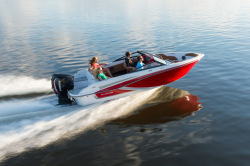 2018 - Glastron Boats - GT 200