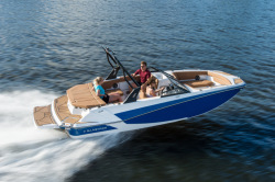 2018 - Glastron Boats - GTD 205