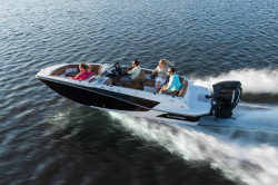 2018 - Glastron Boats - GTD 200