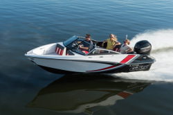 2018 - Glastron Boats - GTS 180