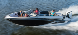 2018 - Glastron Boats GT 240