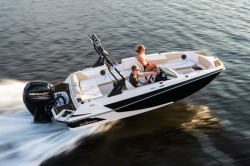 2019 - Glastron Boats - GTD 180