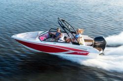 2020 - Glastron Boats - GT 180