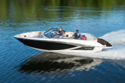 2020 - Glastron Boats - GT 205