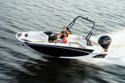 2020 - Glastron Boats - GTD 180