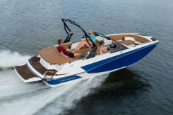 2020 - Glastron Boats - GTD 205