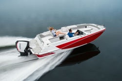 2020 - Glastron Boats - GTD 220