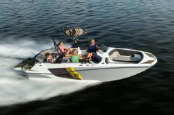 2020 - Glastron Boats - GTDW 205
