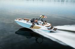 2020 - Glastron Boats - GTDW 225