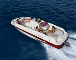 Glastron Boats DS215 Merc Deck Boat