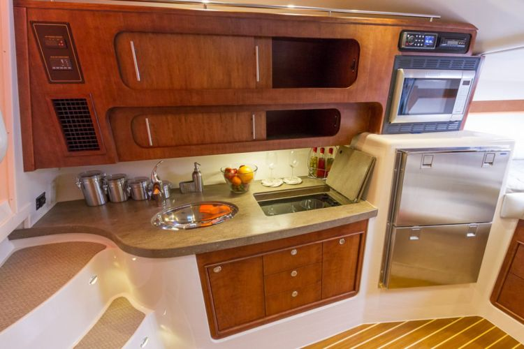 l_2_cabin_storage_-_cabinet_over_galley