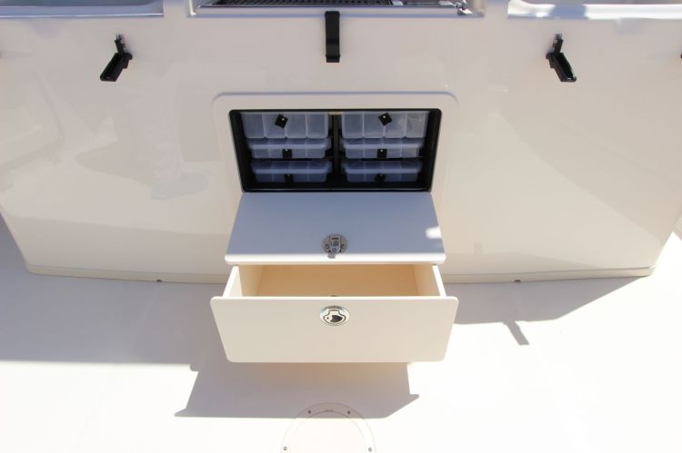 l_5-deluxe_lean_bar_tackle_storage