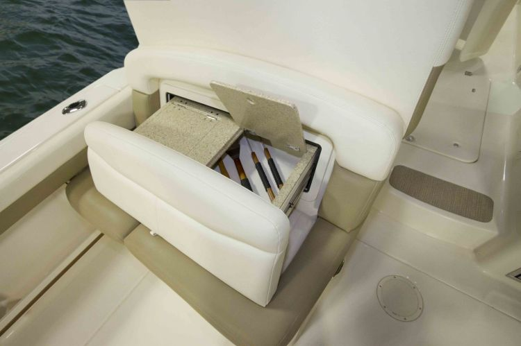 l_seating-electronicallyextendableslidingcockpitbenchseat