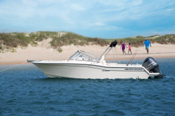 2017 - Grady-White Boats - Freedom 235