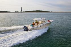 2019 - Grady-White Boats - Freedom 335