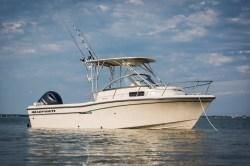 2020 - Grady-White Boats - Adventure 208