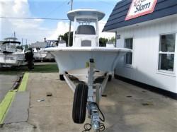 2013 - Nauticstar Boats