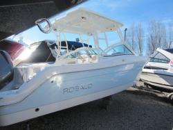 2018 - Robalo Boats - R247