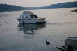 1979 - Carver Yachts - 2566 Santa Cruz