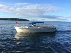 Lyman Boats - 26 Cruisette