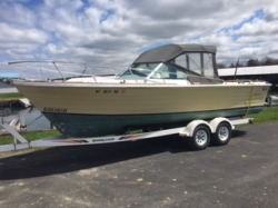 1973 - Lyman Boats - 24 Biscayne