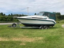 1990 - Carver Yachts - 2557 Montego