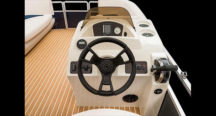 l_boat-gallery_53348