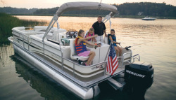 Harris-Kayot Boats Super Sunliner XR 230 Pontoon Boat