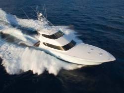 2013 - Hatteras Yachts - 77 Convertible