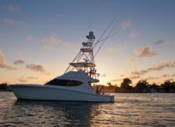 2016 - Hatteras Yachts - GT54
