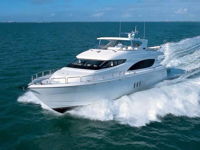 ... Hatteras Yachts - 80 Motor Yacht. comboat_graphicselectronic_brochurecompany27585146021_p_t_640x480_image01