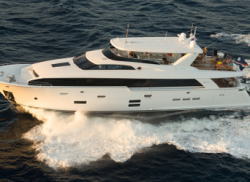 2015 - Hatteras Yachts - 100 Raised Pilothouse