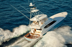 2018 - Hatteras Yachts - GT70