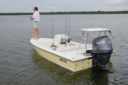 2013 - Hewes Boats - Redfisher 16