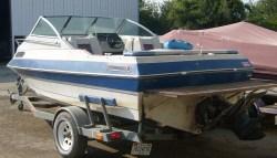 1990 - Sun Ray Boats IL - 1900 Cuddy Cabin
