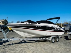 2013 - Hurricane Deck Boats - SD 2400 I/O