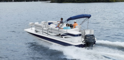 2009 - Hurricane - FunDeck 236 RE OB