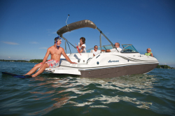 2015 - Hurricane Deck Boats - SD 217 IO