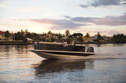 2018 - Hurricane Deck Boats - FD 236SB OB