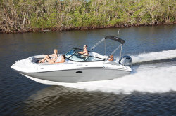 2018 - Hurricane Deck Boats - SD 2200 OB