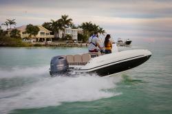 2020 - Hurricane Deck Boats - CC 21 OB