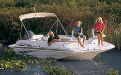 Godfrey Marine 201 OB Deck Boat