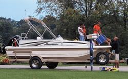 Godfrey Marine 198 RE Deck Boat