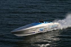 2009 - Hustler Powerboats - 41 Razor