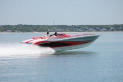 2020 - Hustler Powerboats - 388 Reloaded